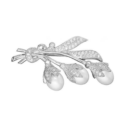 Брошь из серебра с белыми каплевидными жемчужинами 7,5-8 мм