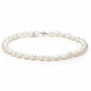 Ожерелье из белого барочного речного жемчуга. Жемчужины 8-8,5 мм