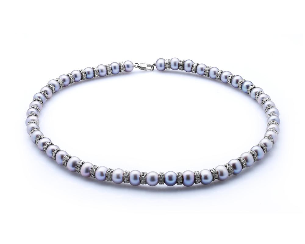 Ожерелье из серебристого круглого жемчуга со стразами. Жемчужины 8-8,5 мм