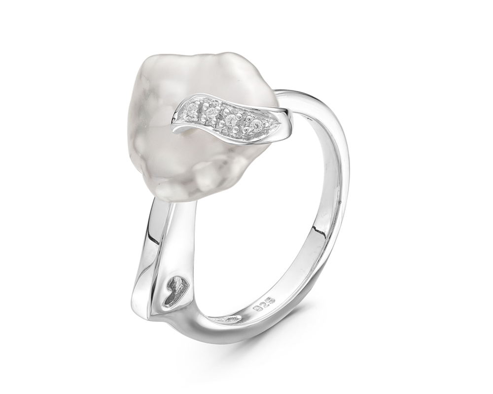 Кольцо из серебра с белой барочной жемчужиной 12-15 мм