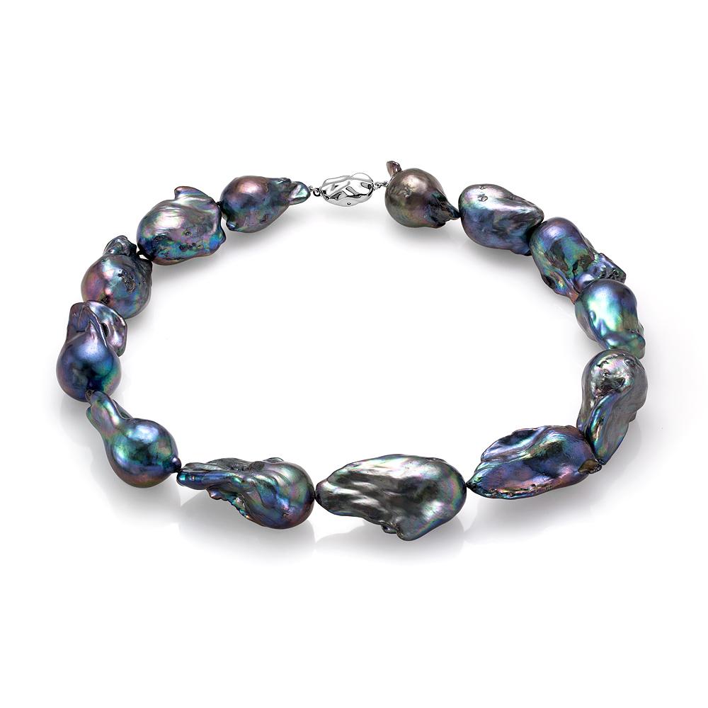 Ожерелье из черного барочного речного жемчуга. Жемчужины 16-22 мм