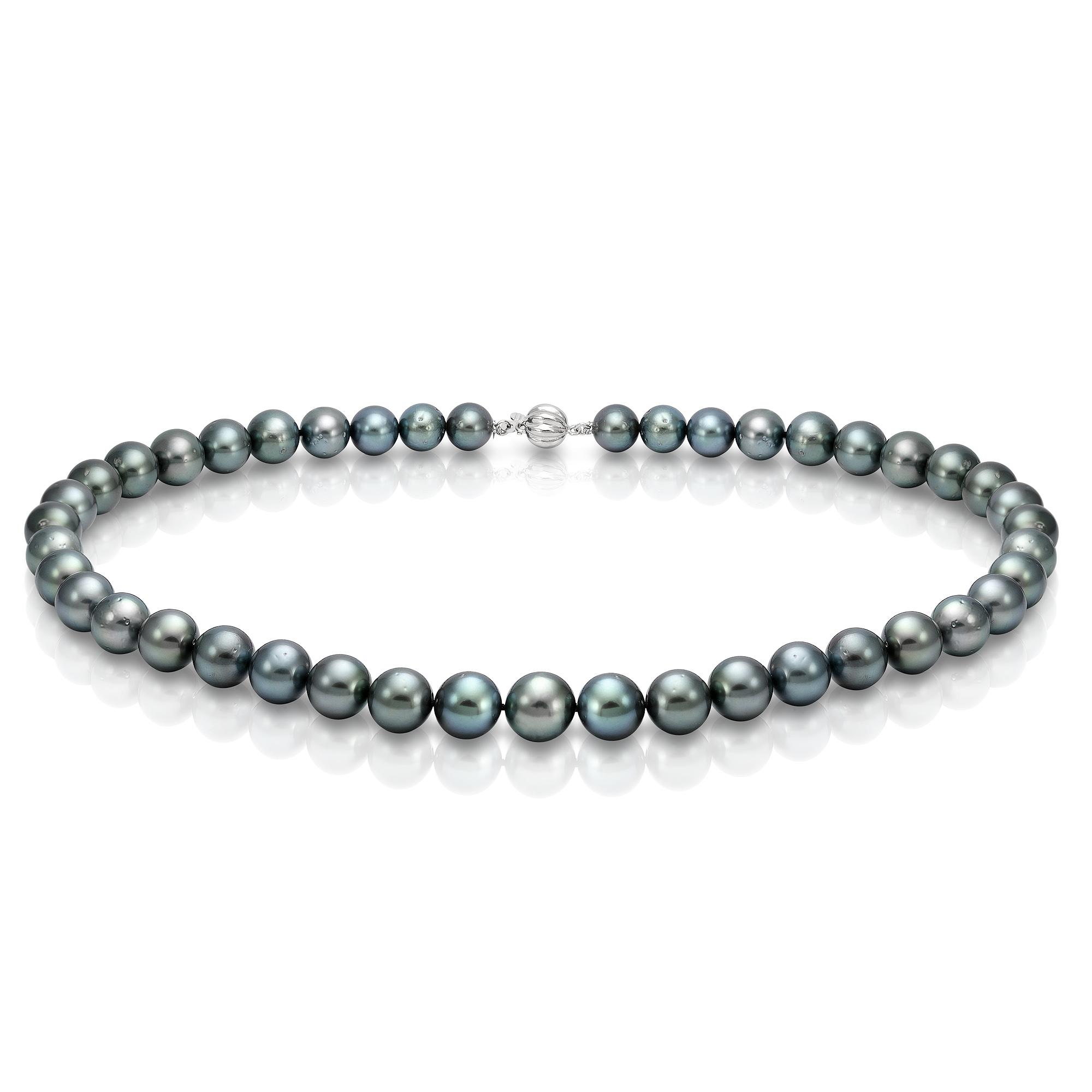 Ожерелье из черного круглого морского жемчуга Акойя (Япония). Жемчужины 8,5-9 мм