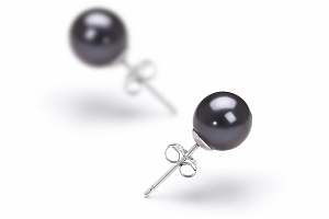 Пусеты на серебре с черной идеально круглой жемчужиной 7,5-8 мм
