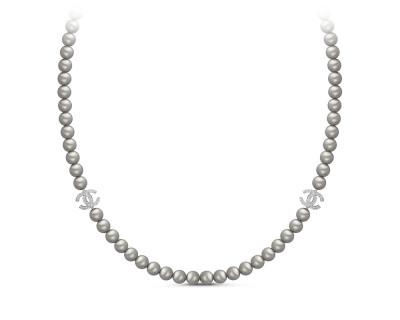 Колье из серебристого жемчуга со вставками из серебра. Жемчужины 8-8,5 мм