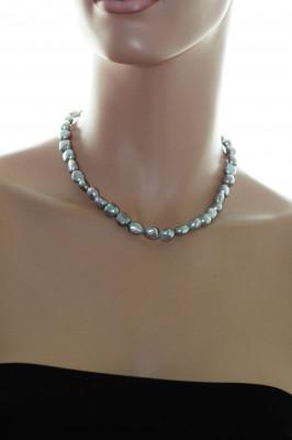 Ожерелье из серого барочного речного жемчуга. Жемчужины 9-10 мм