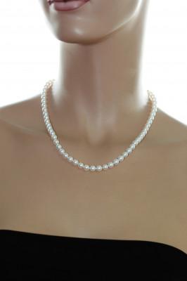 Ожерелье из белого круглого морского жемчуга Акойя (Япония). Жемчужины 6-6,5 мм