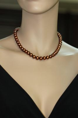Ожерелье из шоколадного морского круглого жемчуга (Южный Китай). Жемчужины 7,5-8 мм